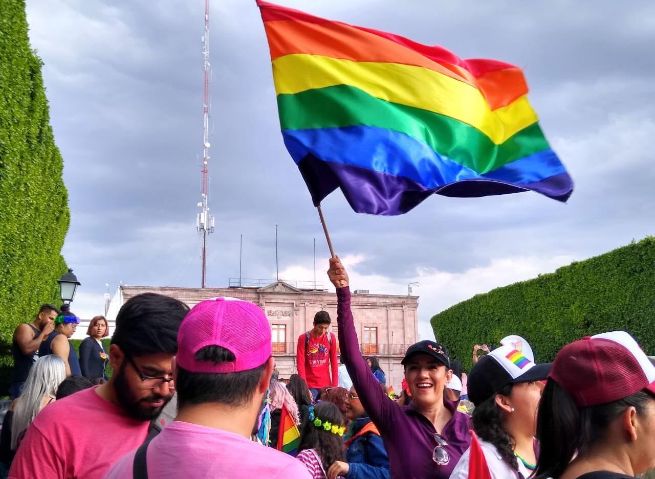 Querétaro da el SÍ al matrimonio igualitario: su Congreso avala reforma