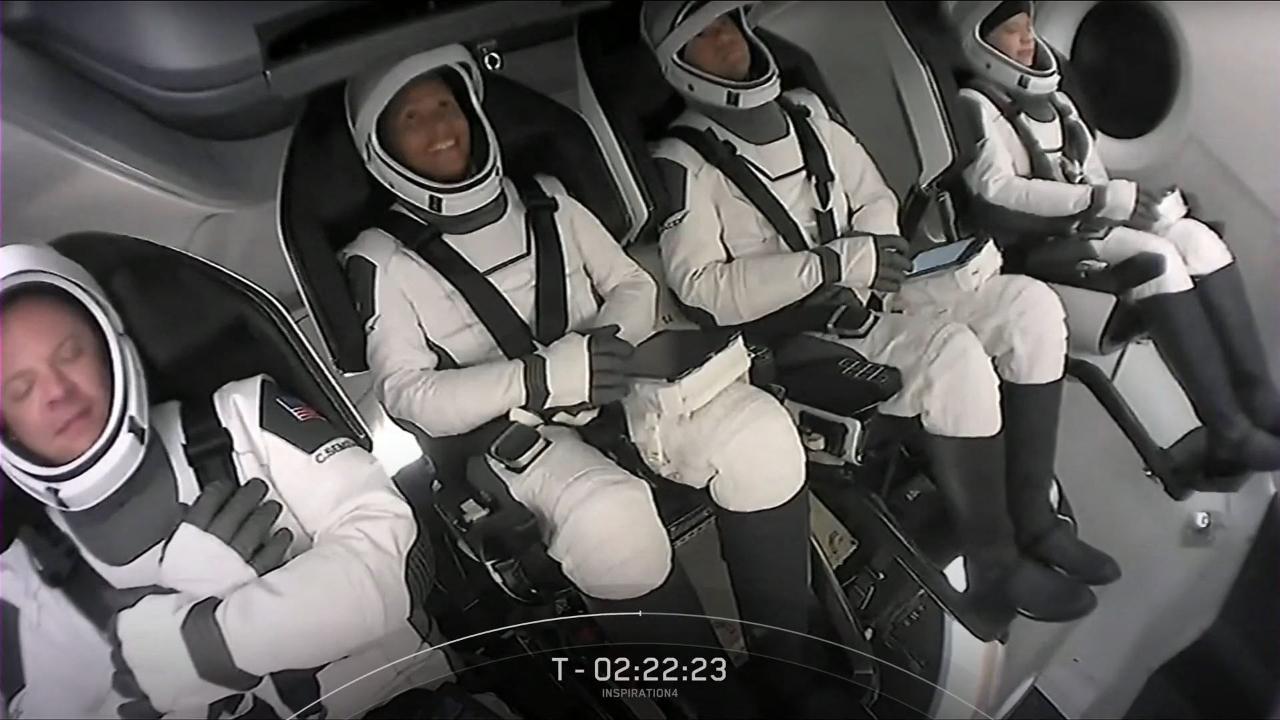 Fotogalería: La primera misión espacial de civiles despega en la cápsula de SpaceX