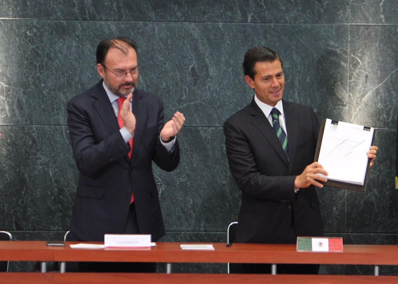 FGR: Peña y Videgaray recibieron más de 6 mdd en sobornos de Odebrecht