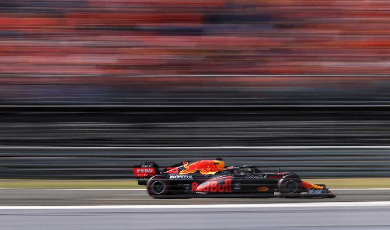 Verstappen gana el Gran Premio Países Bajos, y 'Checo' cierra en octavo