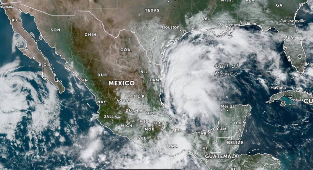 La tormenta tropical 'Nicholas' se forma cerca de costas de Veracruz