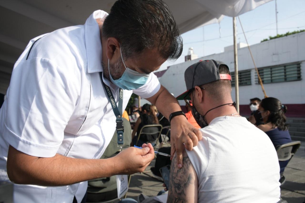 La vacunación contra covid para los de 18 a 29 años llega a Mérida, Yucatán