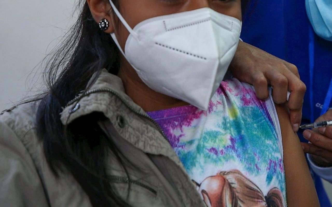Nuevo León iniciará vacunación de menores con apoyo de EU