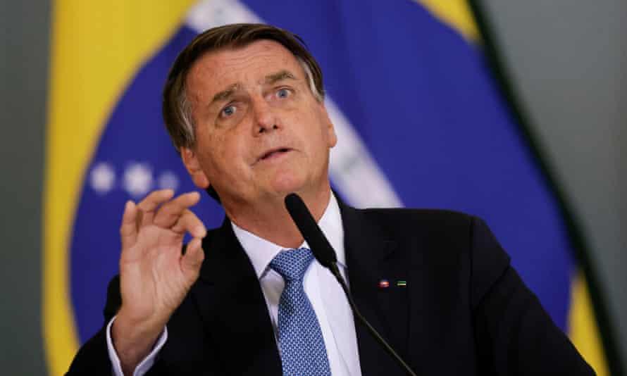 Bolsonaro debe ser considerado responsable penalmente por el atentado contra el Amazonas, dicen activistas