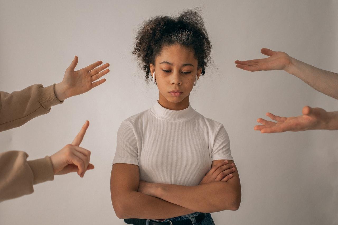 La-Lista de frases que destruyen la autoestima de niñas y niños