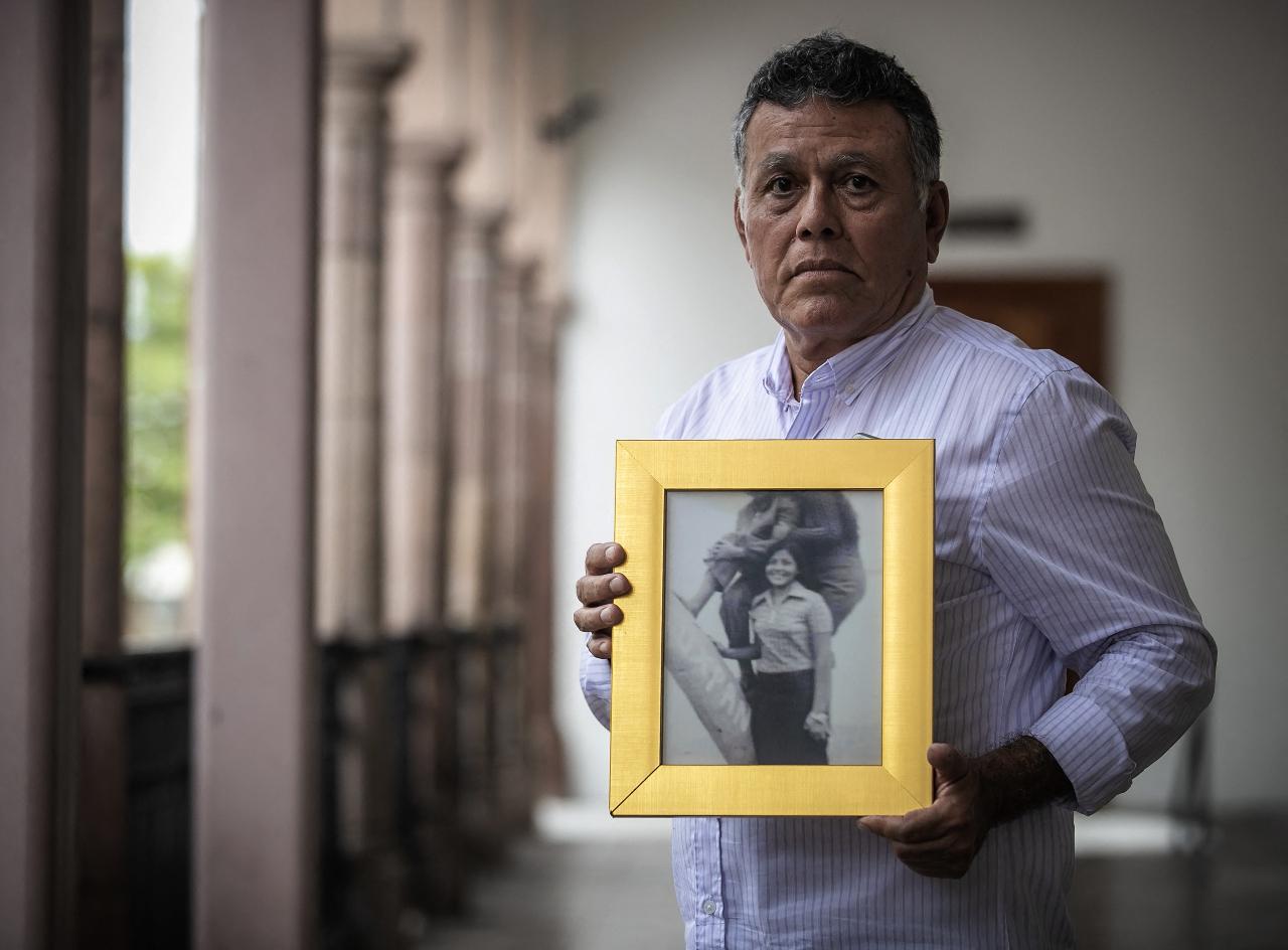 Los niños robados en la 'Guerra Sucia': los otros desparecidos en México