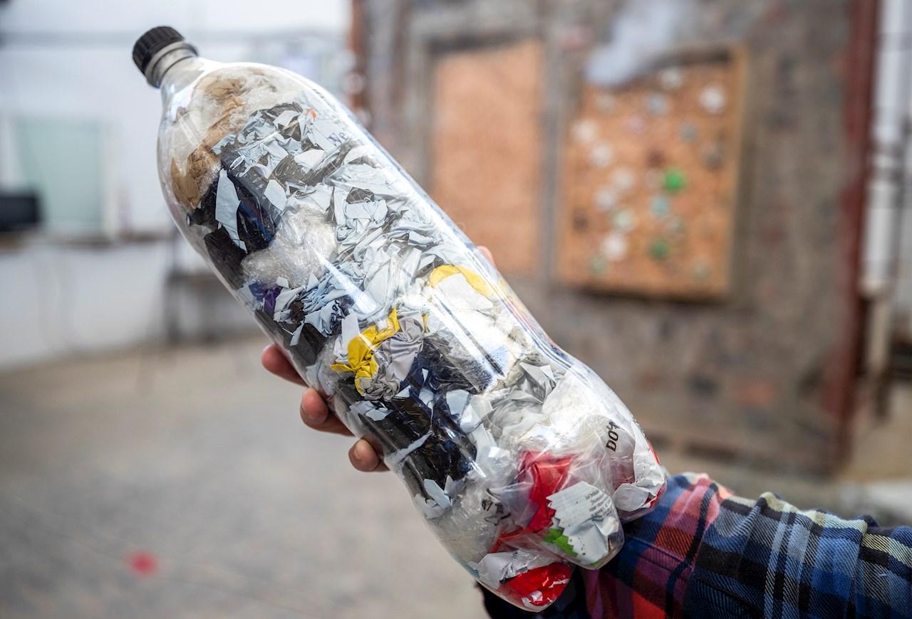 Coca-Cola es la empresa que más contamina con plásticos, según informe de Greenpeace