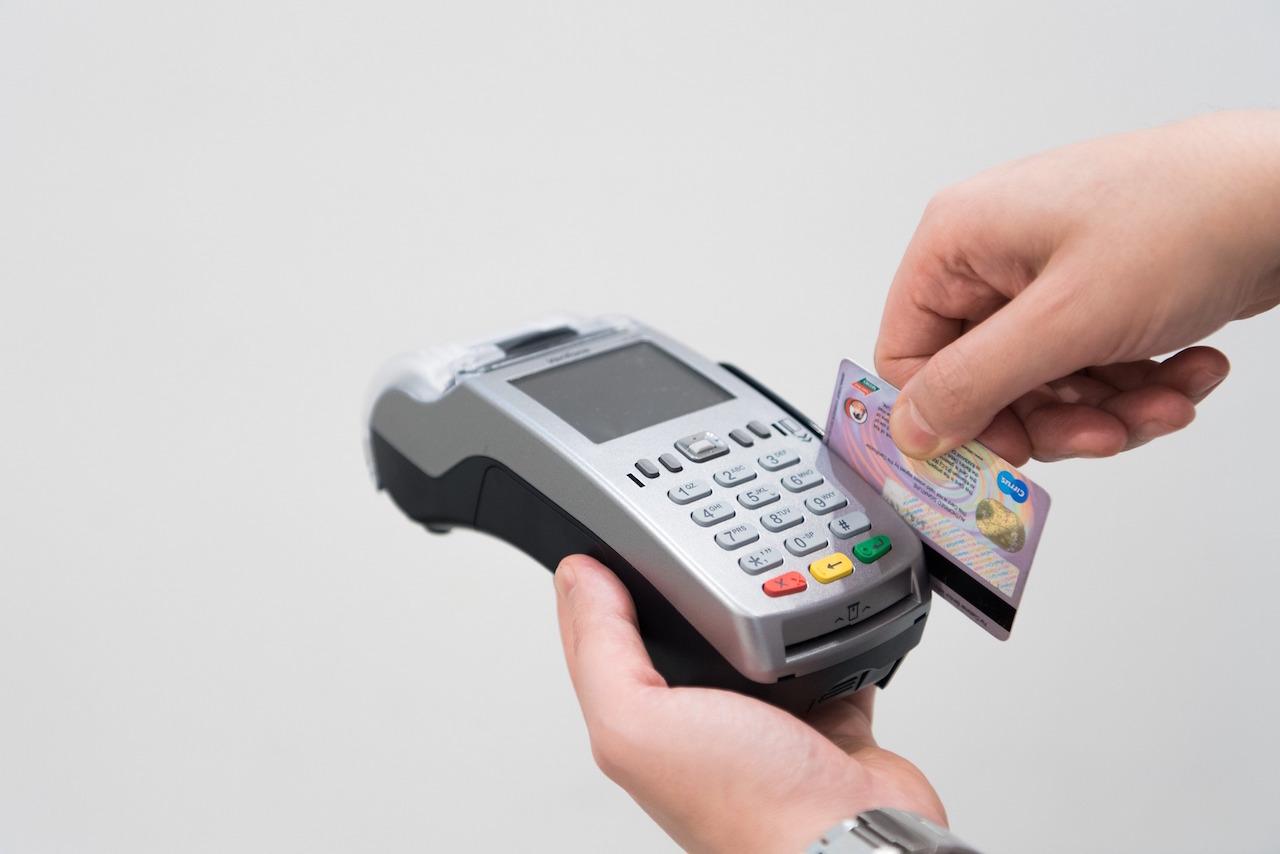 ¿Problemas con tu quincena? HSBC reporta fallas en tarjetas de débito