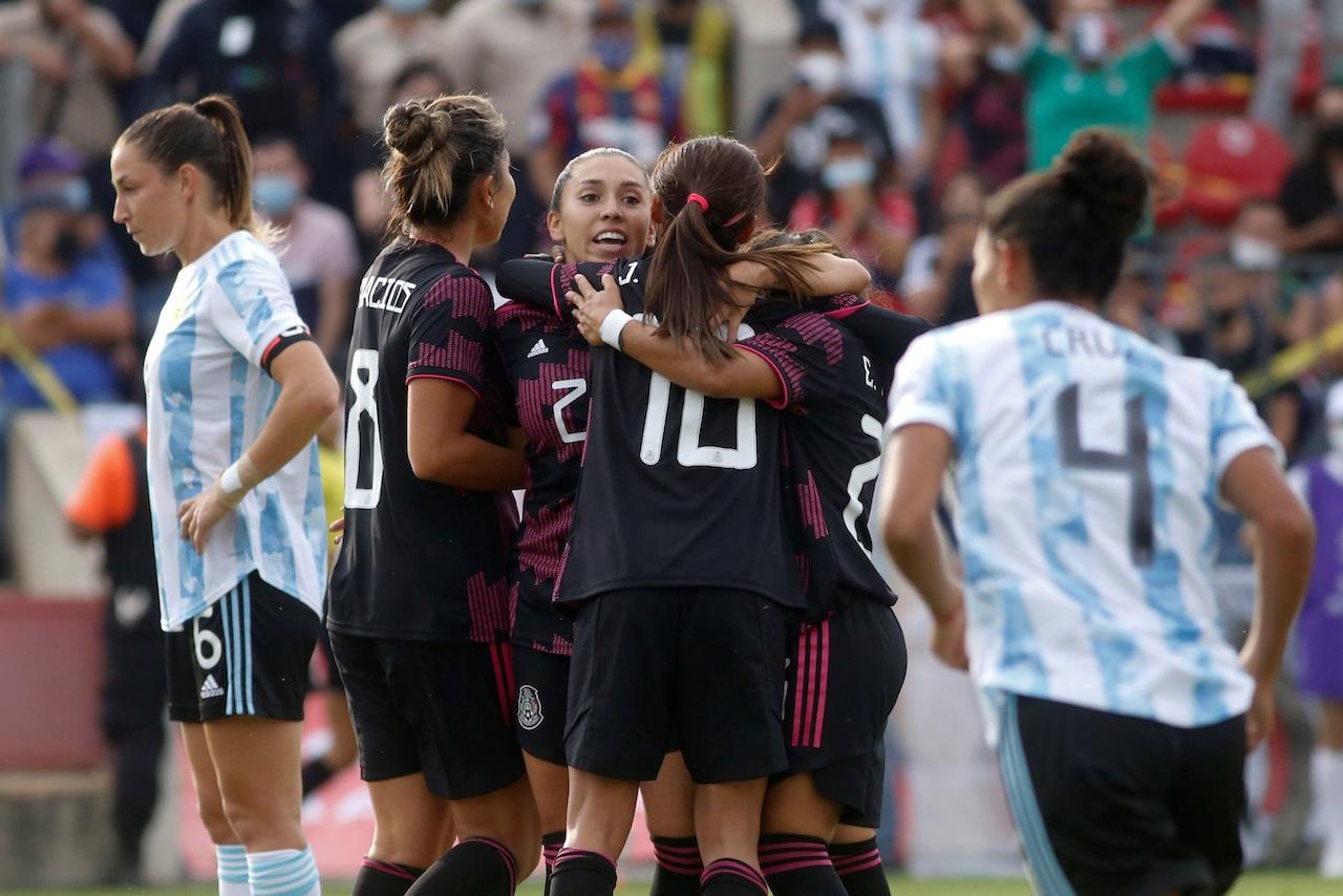 La selección femenil mexicana golea 6-1 a Argentina en Jalisco