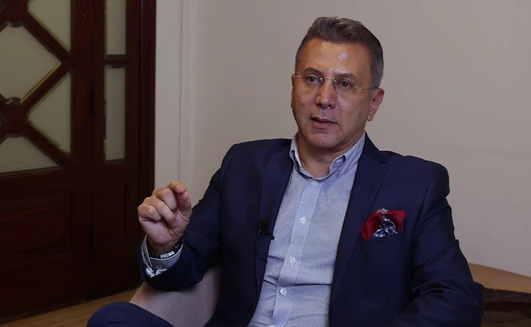 """Pablo Reinah, el periodista """"engañado"""" por el gobierno y expulsado por Televisa"""