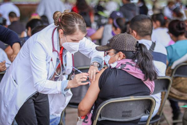 Va segunda dosis a los 18 a 29 años en Chimalhuacán: Calendarios, sedes y requisitos